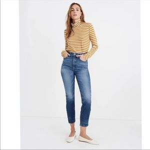 NEW Rivet & Thread Vintage Crop Denim Jeans